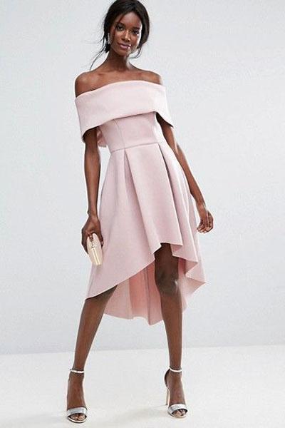 Look para réveillon vestido ombro a ombro rosa millennial