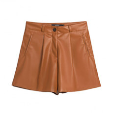 SHORTS LEATHER COM BOLSOS E PREGA