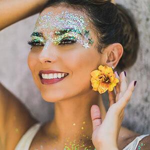 Dicas e tendências para a maquiagem de Carnaval em 2018